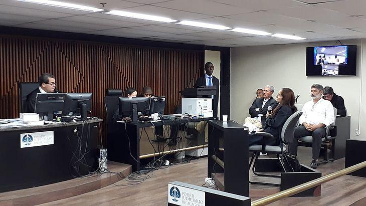 Irmã do cabo Gonçalves foi a primeira testemunha ouvida durante o julgamento.