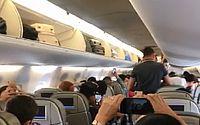 Piloto toca Sandy e Junior durante voo entre Recife e Salvador