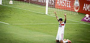 Flamengo vence na Libertadores em jogo quase adiado por causa da Covid