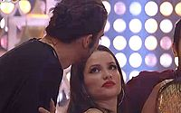 BBB: Juliette teme não resistir investidas de Fiuk e pede para dormir com João