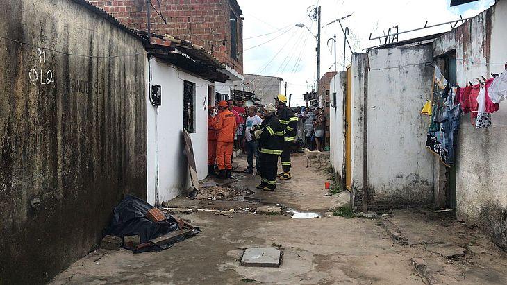 Corpo de Bombeiros apura a causa do acidente