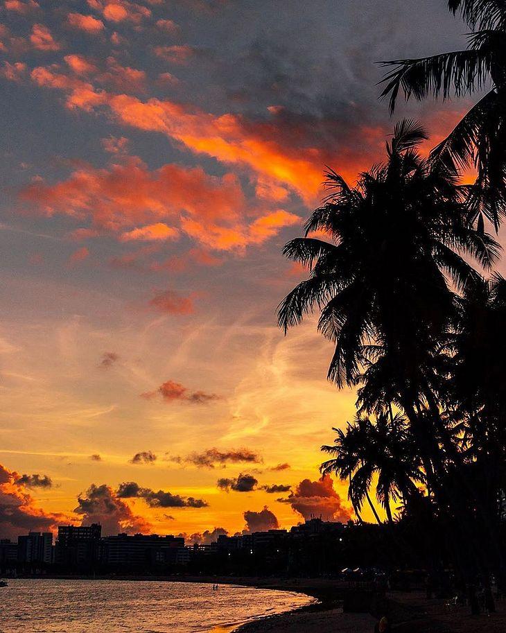 Atrações do Pôr do Sol Cultural atraem turistas e frequentadores da orla de Maceió