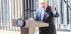 Boris Johnson é transferido para a UTI após piora em quadro de covid-19