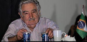 Ex-presidente uruguaio, Mujica renuncia ao Senado e deixa política