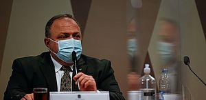 PF ouve Pazuello sobre suspeitas na compra da Covaxin