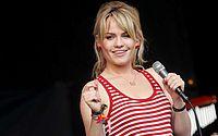 Cantora Duffy revela ter sido drogada, estuprada e mantida em cativeiro
