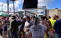 Feira da Sulanca, em Caruaru, amanhece lotada em primeiro dia de reabertura regular
