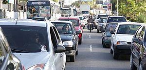 Proprietários de veículos com placas finais 5 e 6 têm até hoje para pagar boleto do IPVA