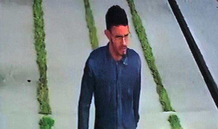 Suspeito tentou assaltar estudante mostrando arma