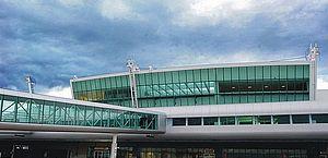Suspeito de 'comprar' bebê é impedido de embarcar no aeroporto de Maceió