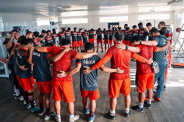 Sem Victor Rangel, Roberto Fernandes prepara CRB para decisão na Copa do Brasil
