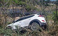 Motorista perde controle da direção e sofre acidente próximo à Ponte Divaldo Suruagy