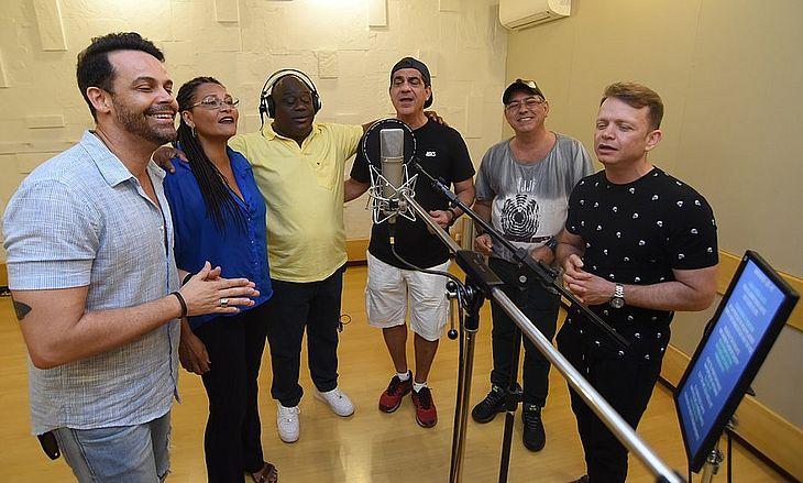 Alexandre Peixe, Janete (ex banda Mel), Ninha, Durval Lelys, Robson, (ex banda Mel) e Dito Martins