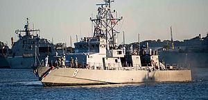 Navio de guerra russo ameaça atingir destróier americano no Pacífico