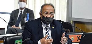 Senador Chico Rodrigues pede licença do mandato e filho, suplente, assume vaga