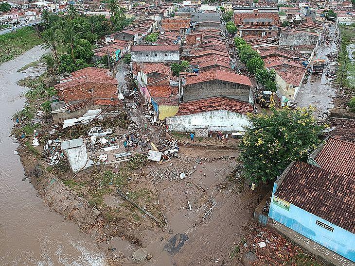 Santana do Ipanema sofreu duas enchentes desde o dia 23 de março