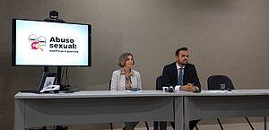 Dalva Tenório e Lucas Sachida em coletiva de imprensa
