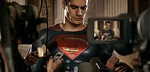 Superman (Henry Cavill) no filme 'Batman vs. Superman - A origem da justiça'