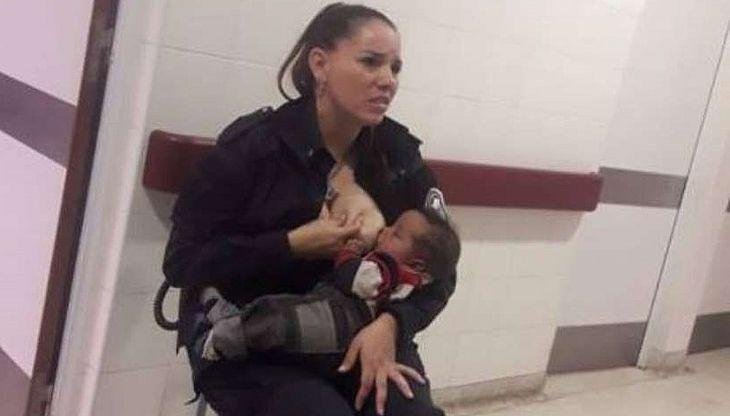 Após autorização dos médicos, amamentou e acalmou o bebê