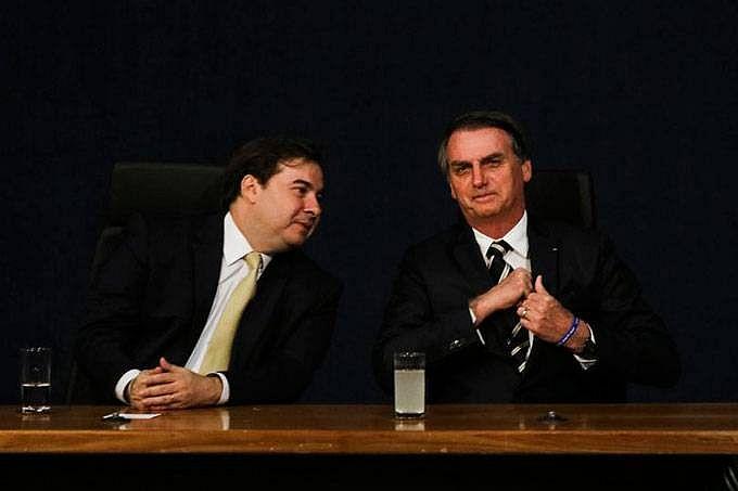 Maia e Bolsonaro: Maia conta com o apoio oficial do PSL, partido de Bolsonaro, para ser reconduzido ao comando da Câmara.