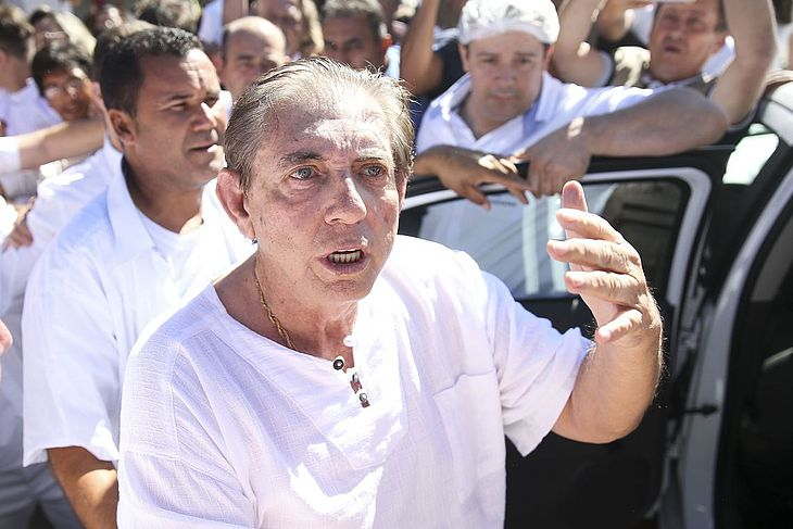 Defesa de médium desiste de habeas corpus no STF