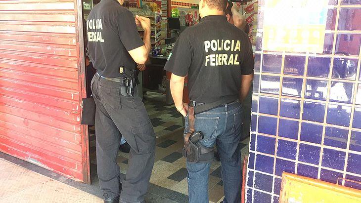 Agentes cumpriram mandados na Jatiúca e Eustáquio Gomes