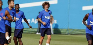 Um dia após ser apresentado, Griezmann faz primeiro treino no Barcelona