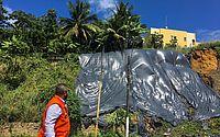 Defesa Civil de Maceió retoma aplicação de lonas de contenção em barreiras