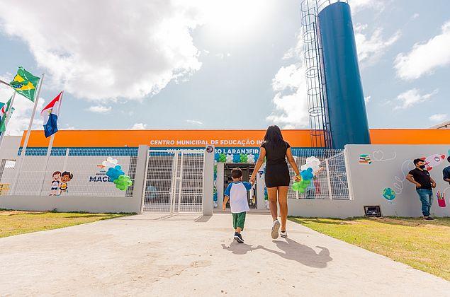 Prefeitura de Maceió entrega creche esperada há mais de dez anos por moradores do Vergel
