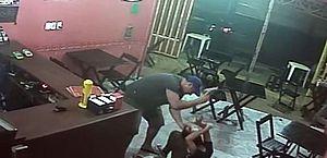 Vídeo: PM espanca e deixa dona de lanchonete inconsciente após receber lanche errado no RJ