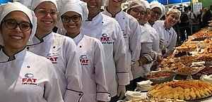 Alunos de Gastronomia do Senac