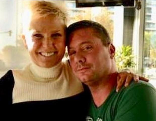Xuxa e Hernan em foto postada no Instagram