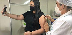3.062.095 doses das vacinas contra a Covid-19 foram aplicadas em AL