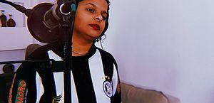 "Cantora arapiraquense lança novo single ""Lama"" unindo rap, Nordeste e África"