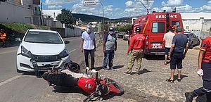 Acidente entre carro e moto deixa um ferido em Santana do Ipanema