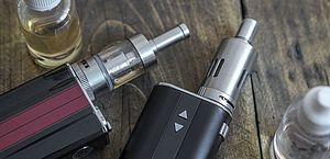 Inca alerta para uso de dispositivos eletrônicos para fumantes