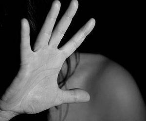 Mulher que matou companheiro com golpe de faca agiu em legítima defesa, conclui PC
