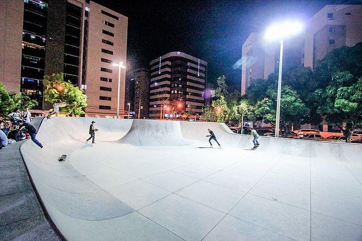 Praça do Skate foi a primeira a receber pista para a prática do esporte
