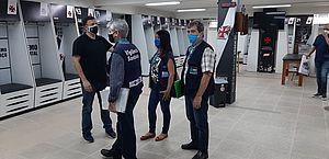 Vigilância vê infrações nos CT's de Bota, Flu e Vasco, e exige adaptações
