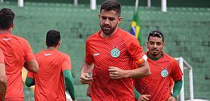 Lucas Abreu espera evolução do Guarani para chegar na parte de cima da tabela
