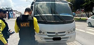Veículos clandestinos são removidos durante fiscalização da SMTT