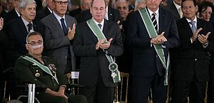 Bolsonaro quer comemoração do golpe de 1964 nos quartéis