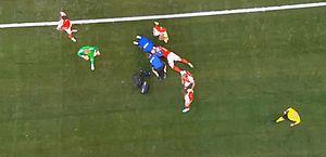 Eurocopa: Eriksen, da Dinamarca, recebe massagem cardíaca após cair em campo
