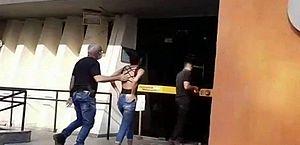 Mulher é presa suspeita de envenenar os dois filhos com chumbinho no RJ