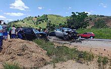 Uma pessoa morre em acidente entre dois veículos na BR-101, em Joaquim Gomes