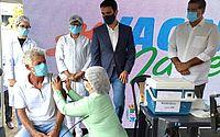 Maceió inicia vacinação contra Covid: funcionários do PAM Salgadinho recebem as doses