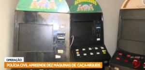 Polícia Civil apreende dez máquinas caça-níqueis na Levada