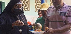 Abrigos provisórios de Maceió podem receber doações para população em situação de rua