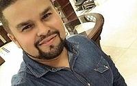 Imagens mostram que professor desaparecido entrou em veículo na rodoviária