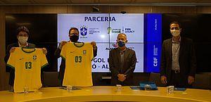 """Na CBF, Secretário do esporte garante novos núcleos do """"Gol do Brasil"""" e apoio ao futebol feminino de Alagoas"""